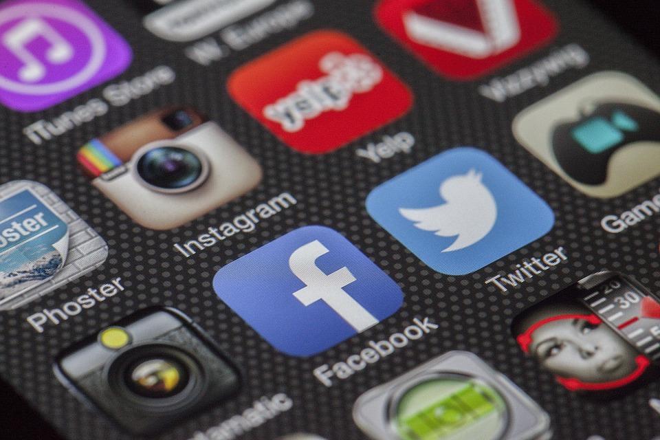 User Engagement: Examining Facebook & Twitter Video Ads